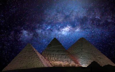 Costruire galassie, non piramidi.
